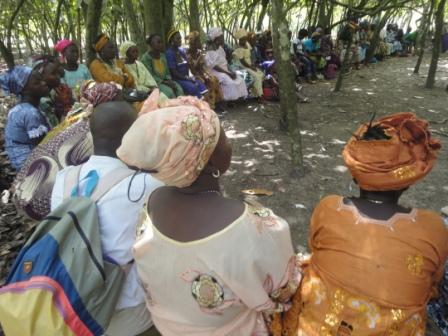 Group of Peace Mothers in a consultative meeting